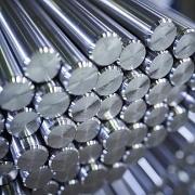 Quặng sắt giảm giá ngược chiều với phần còn lại của nhóm kim loại