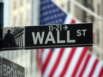 Nhà đầu tư điều chỉnh danh mục, Phố Wall trái chiều