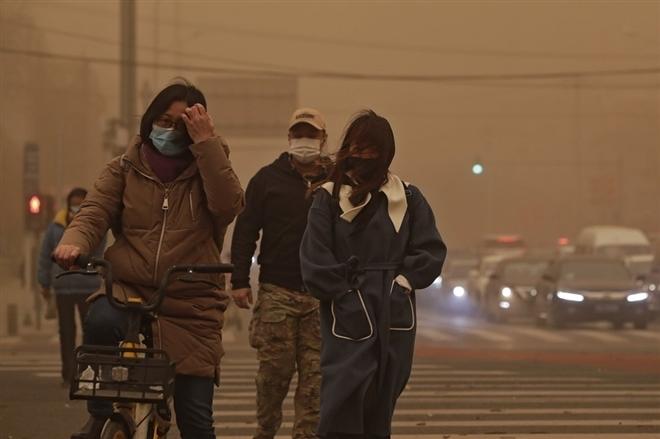 Bắc Kinh tiếp tục hứng chịu bão cát