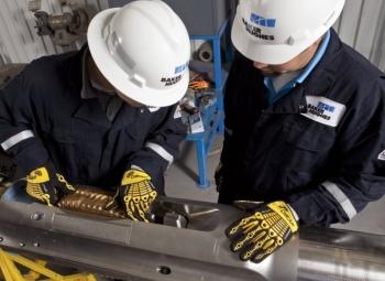 Petrobras ký hợp đồng thiết bị dầu mỏ dưới biển với Baker Hughes