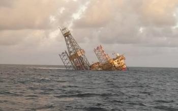 Giàn khoan Velesto Naga 7 chìm ngoài khơi Sarawak, Malaysia