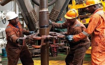 Cách nào để cứu ngành công nghiệp dầu mỏ Venezuela?