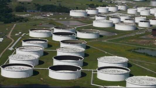"""Trạng thái """"bình thường mới"""" trên thị trường dầu mỏ"""