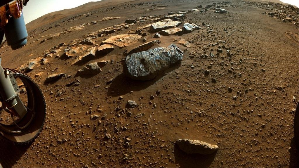 Hai mẫu đá sao Hỏa của NASA tiết lộ từng tiếp xúc với nước thời gian dài