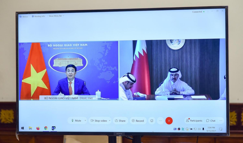 Đề nghị Qatar hỗ trợ Việt Nam tiếp cận các nguồn vắc-xin và trang thiết bị y tế phòng, chống Covid-19