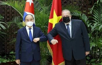 Chủ tịch nước Nguyễn Xuân Phúc hội kiến Thủ tướng Cuba Manuel Marrero Cruz