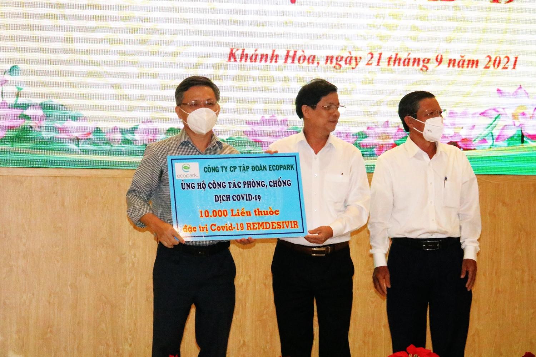 Khánh Hòa tiếp nhận hỗ trợ phòng chống dịch Covid-19
