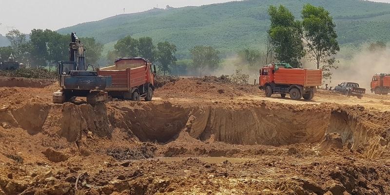 Thừa Thiên - Huế: Xử phạt doanh nghiệp không lắp công trình bảo vệ môi trường 240 triệu đồng và đình chỉ 3 tháng