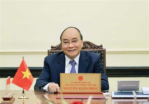 Chủ tịch nước Nguyễn Xuân Phúc điện đàm với Tổng thống Indonesia