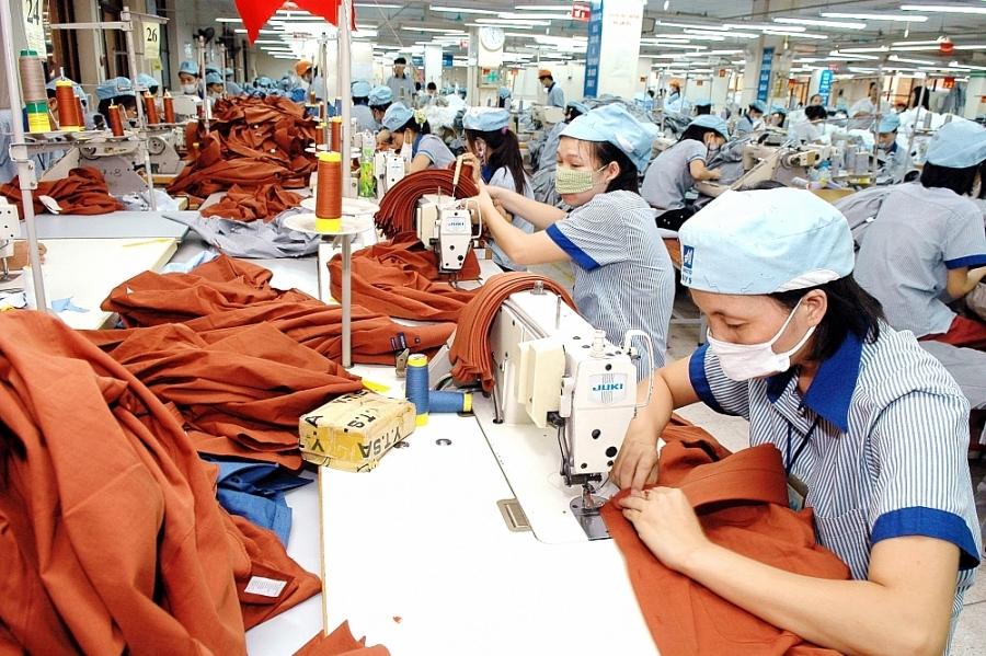 Với kịch bản tốt nhất, năm nay xuất khẩu dệt may chỉ có thể đạt khoảng 32-33 tỷ USD. Ảnh minh họa