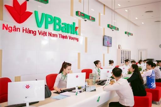 Tin nhanh ngân hàng ngày 11/4: VPBank cung cấp giải pháp cho kinh doanh trực tuyến