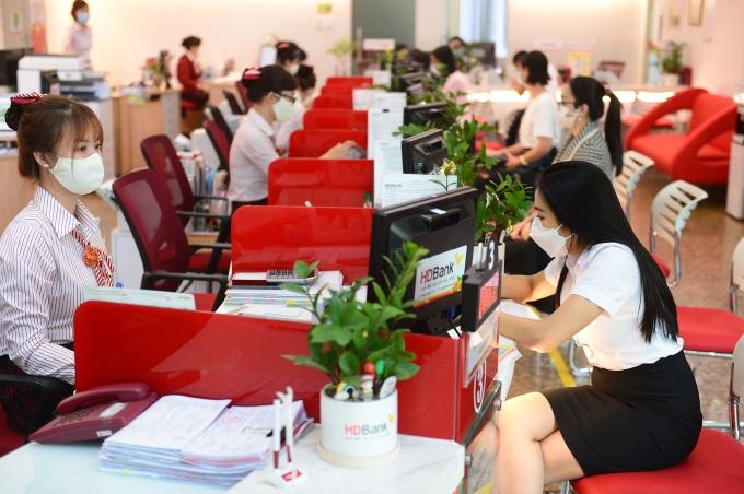 Tin nhanh ngân hàng ngày 14/10: VietinBank triển khai chương trình ưu đãi cho doanh nghiệp SME