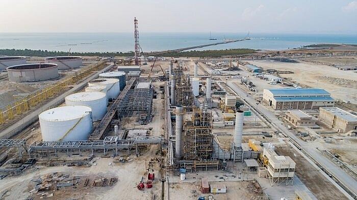 Iran mở thêm một nhà máy lọc dầu hạng nặng ở Vịnh Ba Tư