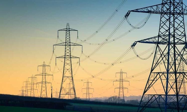 Pháp dùng năng lượng để trả đũa Anh
