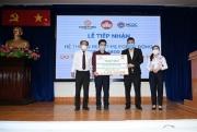 Tập đoàn Hưng Thịnh trao tặng Trung tâm Kiểm soát bệnh tật TP.HCM hệ thống máy xét nghiệm Covid- 19 gần 5,3 tỷ đồng
