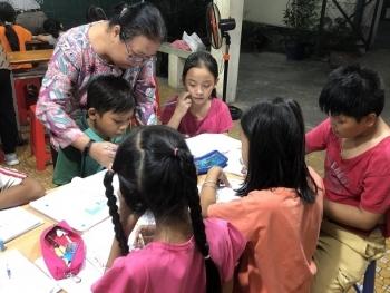 """""""Bà tiên"""" của những trẻ em nghèo ở Sài Gòn"""
